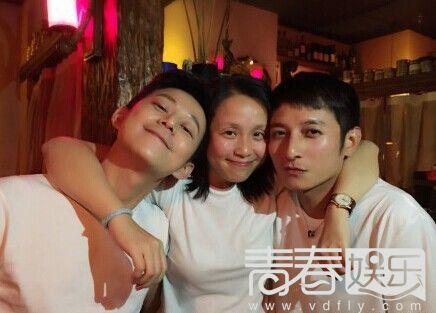 李维嘉妻子竟是龙丹妮! 网传二人秘密结婚照图片