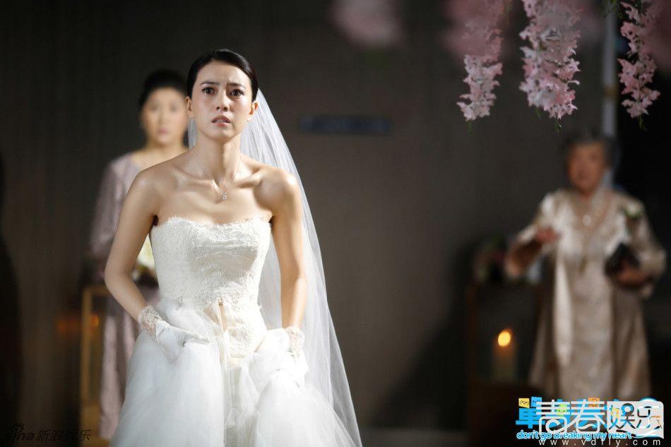 盘点女神高圆圆婚纱照 美艳动人惹人爱