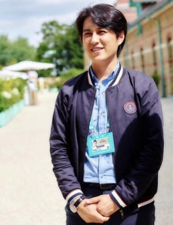 靳东回应神预测世界杯比分:感谢两队的配合