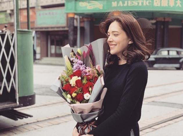 收到鲜花。