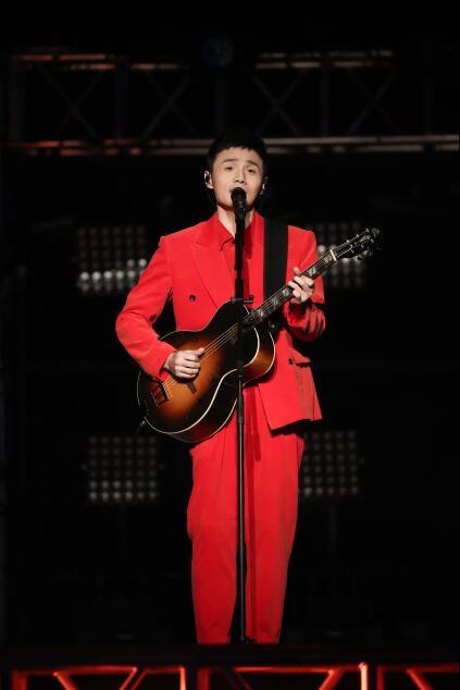 李荣浩为歌迷带来《年少有为・前传》微电影