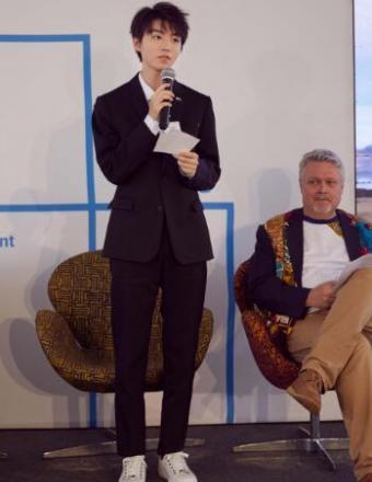 王俊凯结束非洲公益行  传递环境保护正能量