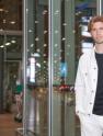 國際超模馬賽羅·歐根啟程戛納 機場瞬間變秀場