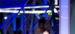 《巅峰之夜》杨幂挑战软骨舞 李玟亮片短裙热辣献唱超吸睛