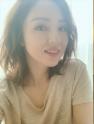 董璇被曝新恋情后更动态,化身美人鱼游泳秀身材,飞吻比心示爱男友?